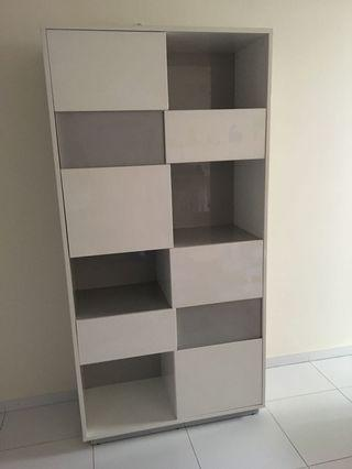 Kids cabinet with drawers