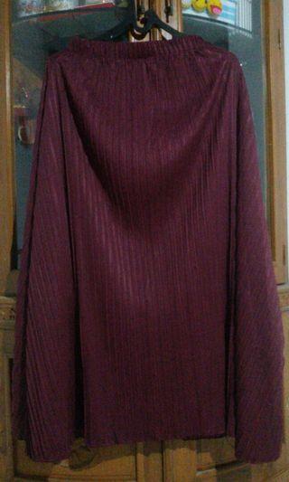 Rok strip maroon