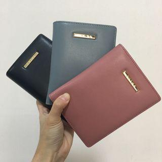 Authentic Taiwan S'aime Phoebe Genuine Leather Passport Holder