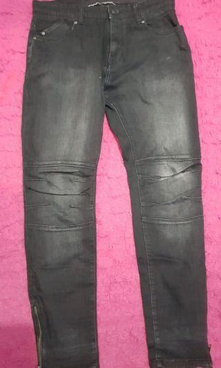 Celana jeans pool n bear size 32 beli 700ribu jual murah