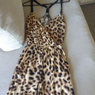 Bardot animal print jumpsuit size 6