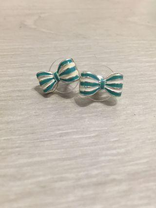 Japan Design Bow Earrings