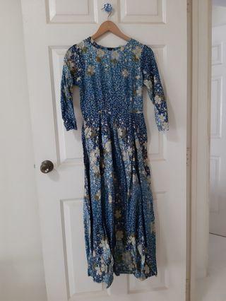 🚚 PRELOVED Princess-cut Long Dress