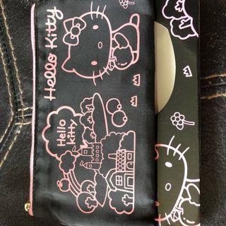 全新Hello Kitty 化裝袋 2個