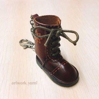 客製化/立體皮雕/鑰匙圈-長靴/免費烙字/手作皮革飾品/含運費(不議價)