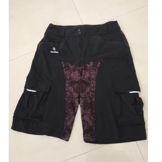[Pre-owned 9/10] NAVILINE MTB Cycling Loose Fit Shorts (Large 28-32 inch waist)