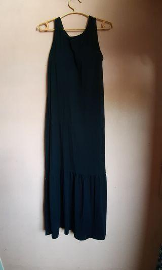 Uniqlo Long Sleeveless Dress