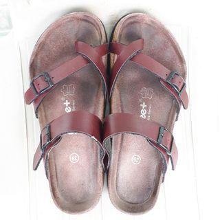 Preloved Sandal My Feet / My Fee+