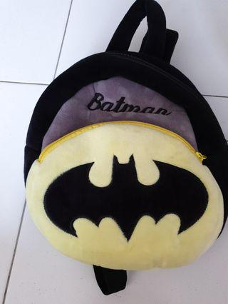 🚚 Batman backpack