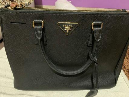 #Mauvivo Prada Bag