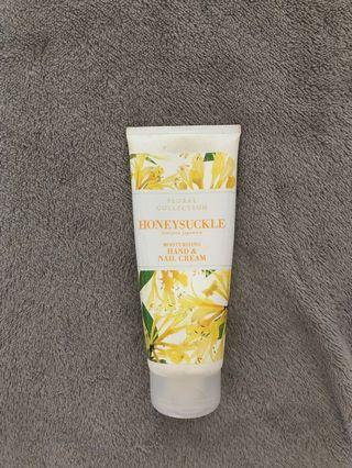 Hand cream honeysuckle fragrance