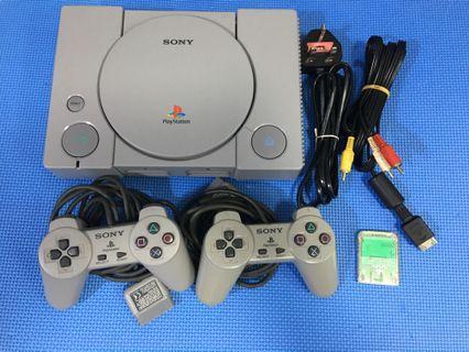 PlayStation 1  89成新玩到正常。ps1  /2手製/av線/電線跟1隻正版game。100%work 香港版220v 不用轉火牛