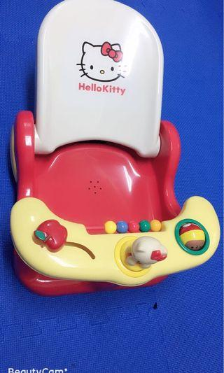 🚚 日本Hello Kitty餐椅  洗頭椅