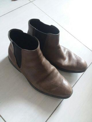 #bapau collehan boots barang asli no KW