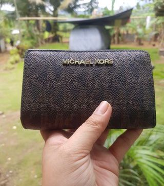 159ecfbf7aeac2 id holder | Women's Fashion | Carousell Philippines