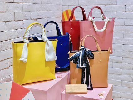 Authentic Taiwan S'aime Leather Vertical Tote Bag