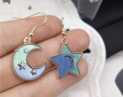 Asymmetric Crescent & star earrings