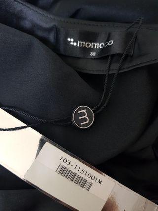 🚚 momoco緞面單肩上衣