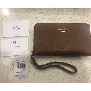 BNWT - Coach Leather Phone Wallet (Saddle Brown)
