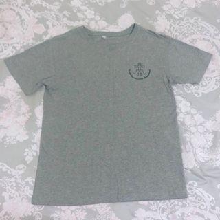 🚚 灰色T-shirt