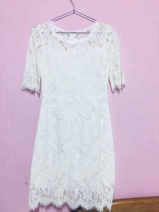 🚚 伴娘必備款-全白蕾絲洋裝