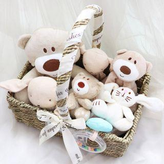 🚚 Baby Hamper / Baby Shower Gift / Full month / Newborn / Birthday Present