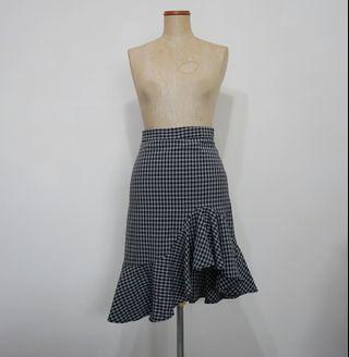 🚚 Irregular Checkered Midi Skirt
