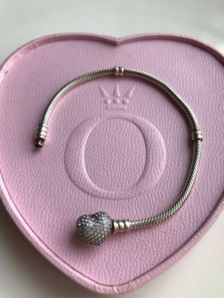 Pandora Moments Silver Bracelet With Pavé Heart Clasp