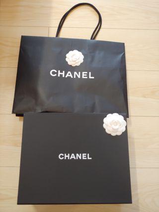 Chanel 大磁石盒 33cm x 26.5cm x 13cm連紙袋