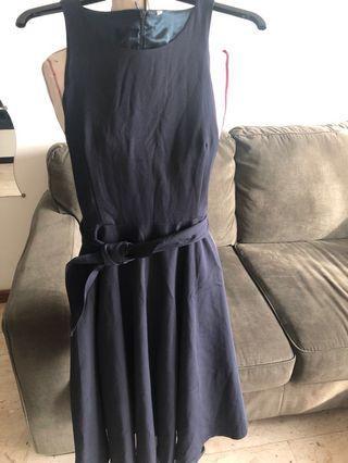 Navy blue dress (NH)