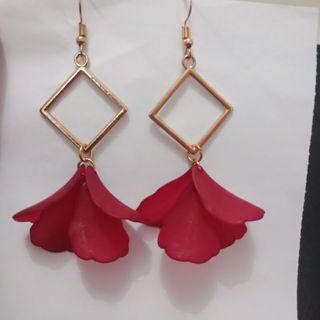 #BAPAU Hanging red leaves Earrings