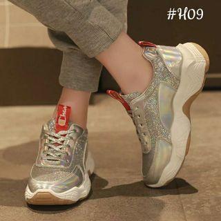 Sepatu wedgws Champian