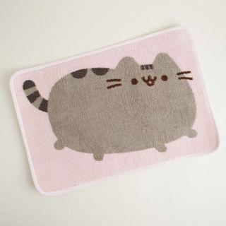 Pusheen floor mat