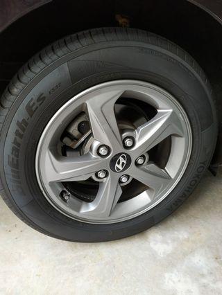 Perfect condition Original Hyundai rims with Yoko tyres 95% thread