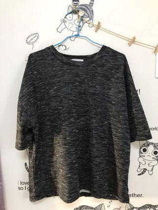 🚚 黑色毛呢寬版T-shirt