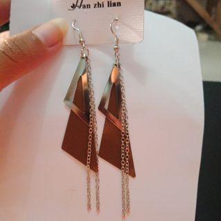 #BAPAU Brown triangle Earrings