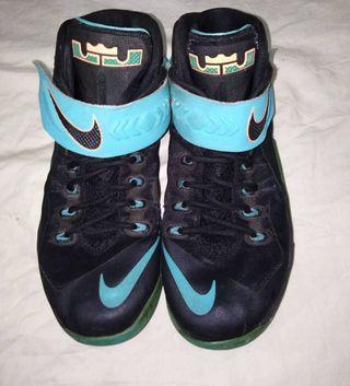 #BAPAU Sepatu Nike Zoom Lebron