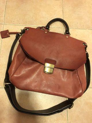 Initial vintage style leather bag