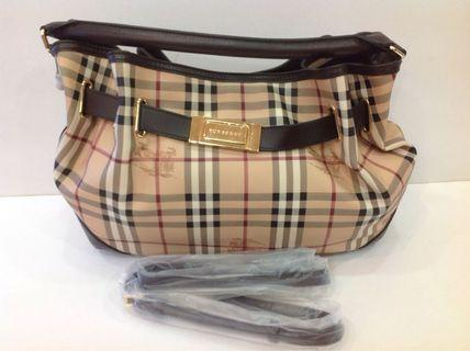 BURBERRY HAYMARKET CHECK WILLENMORE MEDIUM HOBO