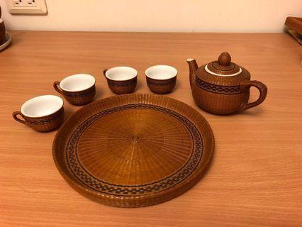 藤編裝飾陶瓷茶壺杯盤組 (小)
