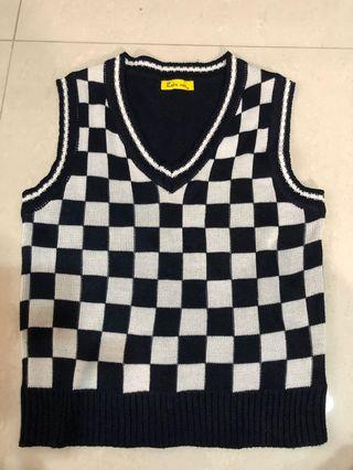 Boys knitted vest