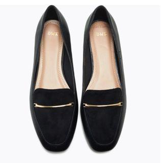 DMK Leather Loafers- Black