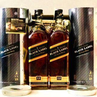 Johnnie Walker F1 Black Label w Metal Box 700ml