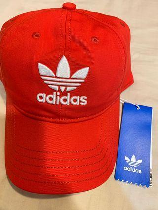🚚 愛迪達adidas三葉草紅色老帽 全新