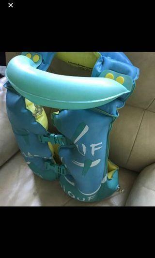 二手 名牌 Starfish 習泳背心 swimming aid 一件 適合4至6歳小朋友 原價 $139