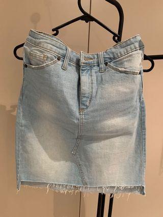 Light wash - Target US denim mini skirt - size 28 inch