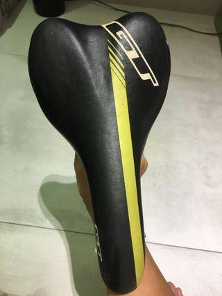 GT Velo Saddle Seat
