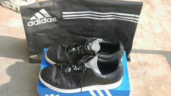 Dijual Adidas Stan Smith (98%)