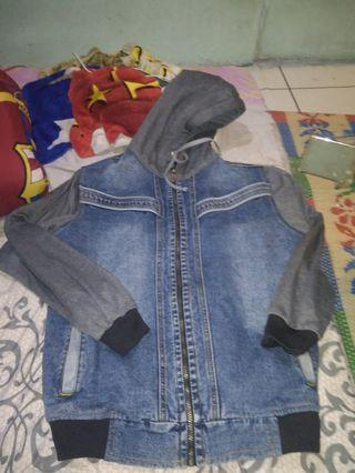 jaket denim leaf