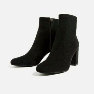 ZARA Ankle Suede Black Boots Size 6 (never worn)